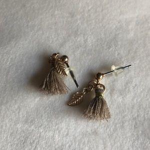 Cute Artsy Leaf Earrings